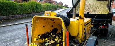 Tree Surgeon in Essex. Recycling and woodchip services